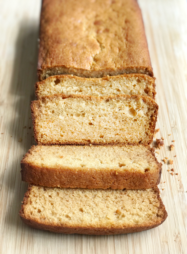 greek yogurt and honey pound cake