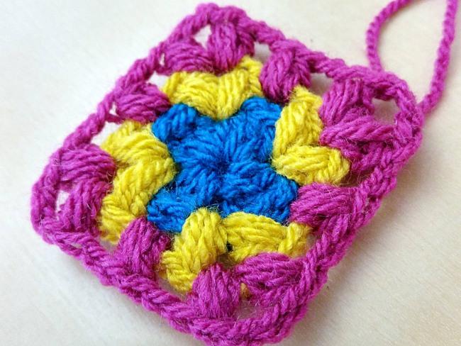 Crochet puff stitch tutorial puff stitch square