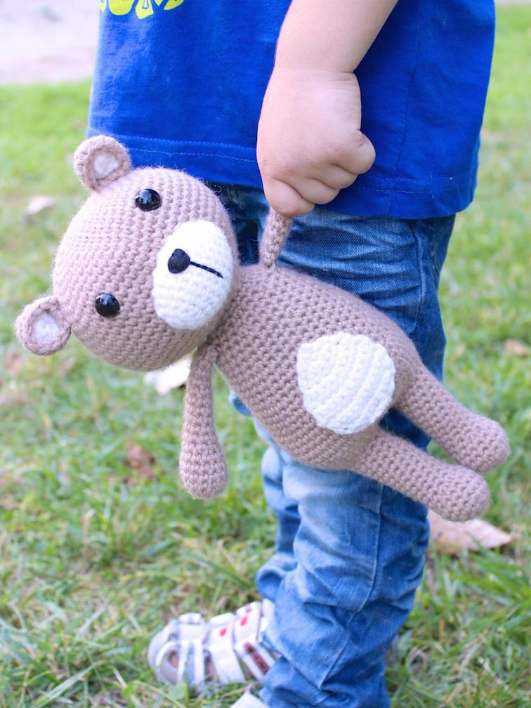 Vinnie the Teddy Bear Crochet Pattern