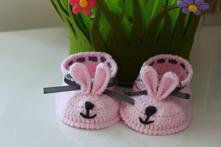 Bunny Baby Booties Crochet Pattern