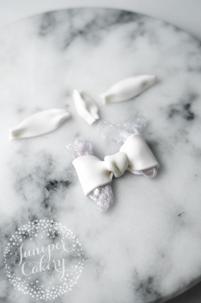 Bridal shower cake step-by-step tutorial