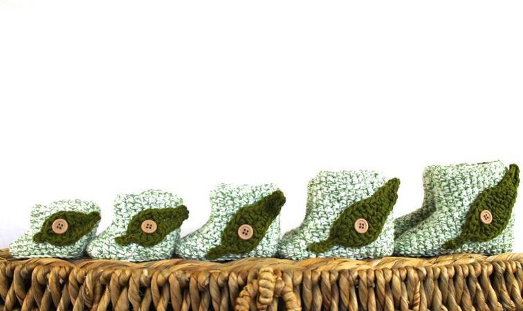 Leaf Booties Crochet Pattern