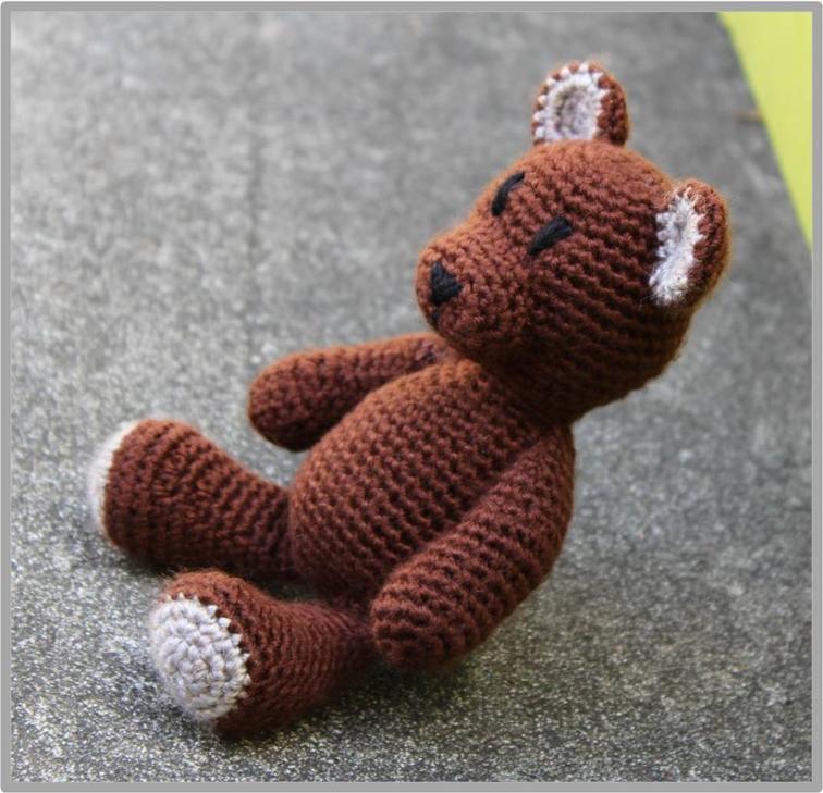 Little Teddy Bear Crochet Pattern