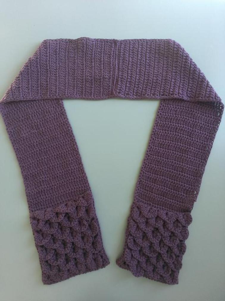 Crocodile Stitch Pocket Scarf Crochet Pattern