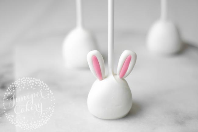 Bunny rabbit cake pops for Easter