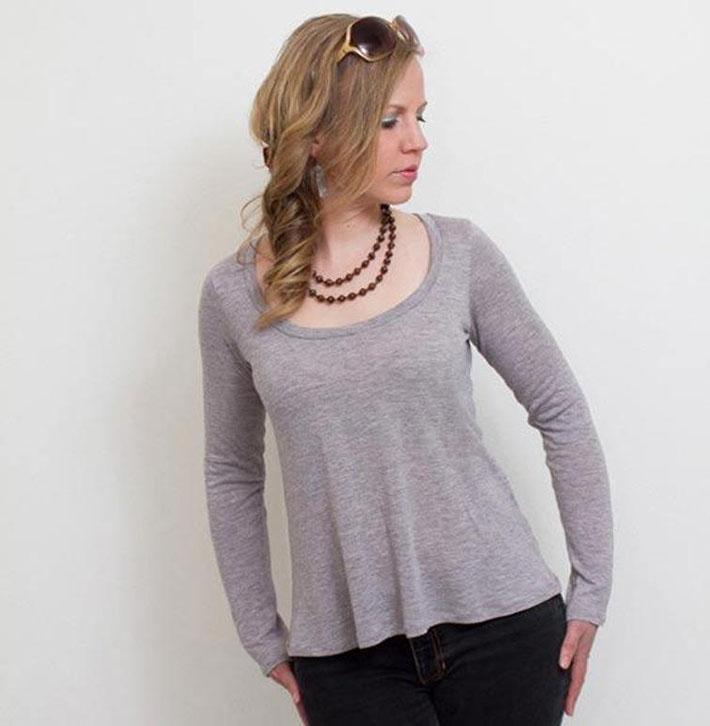 Flared tee shirt in grey