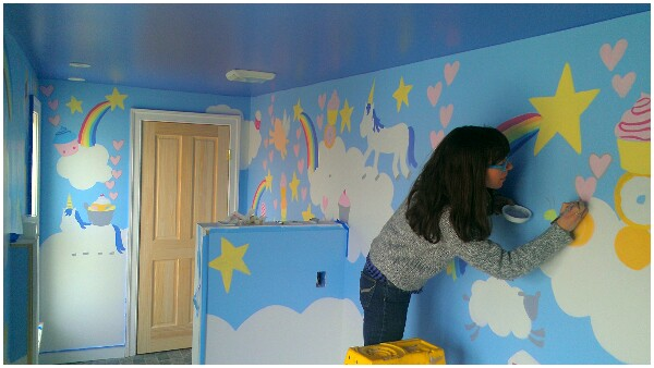 Acrylic to paint a mural