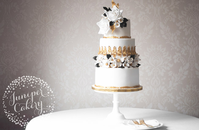 Prepare in advance for wedding cake season