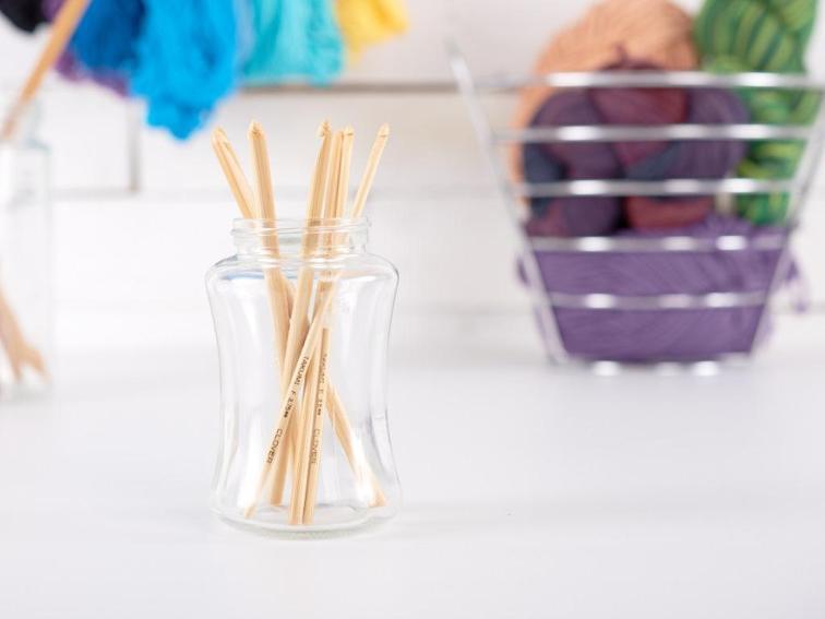 Clover Takumi Bamboo Crochet Hooks