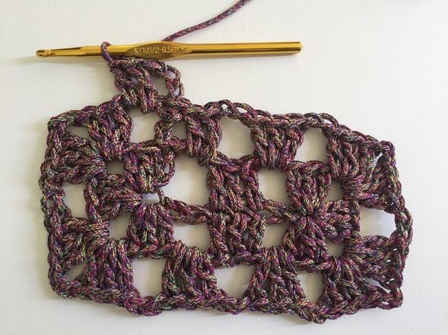crochet granny rectangle round 3