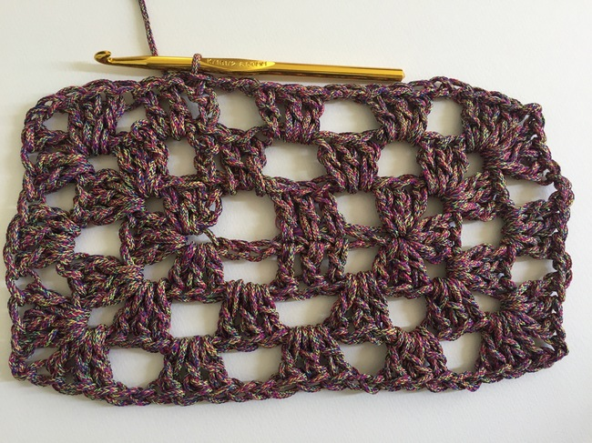 crochet granny rectangle round 3, step 5