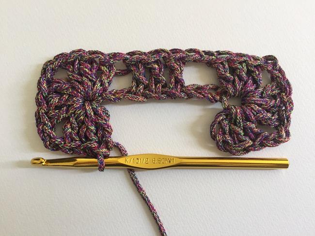 crochet granny rectangle step 3