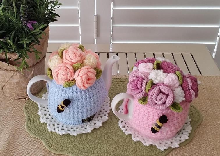 rose garden crochet teapot cozy