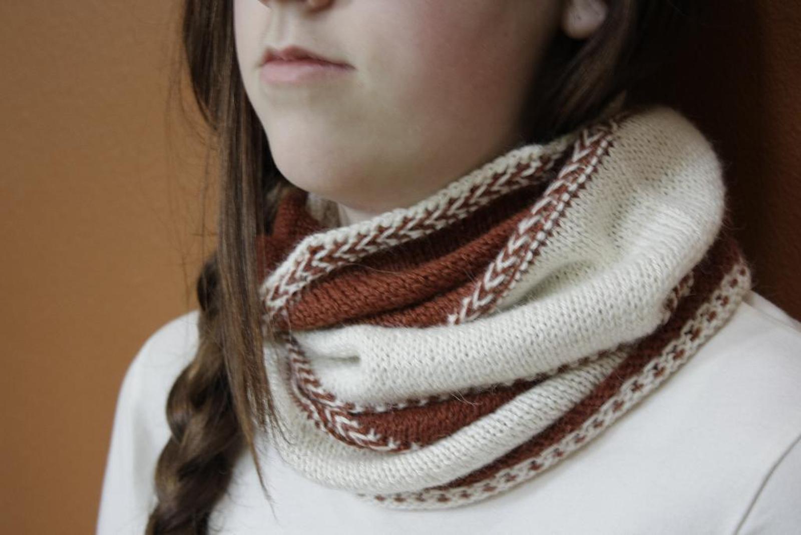 Baltic Braid Cowl Knitting Pattern