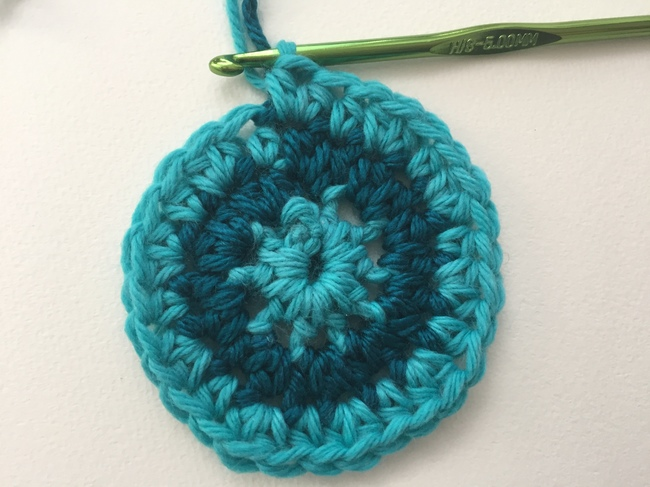 crochet spiral end round 3