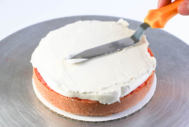Filling a Cake