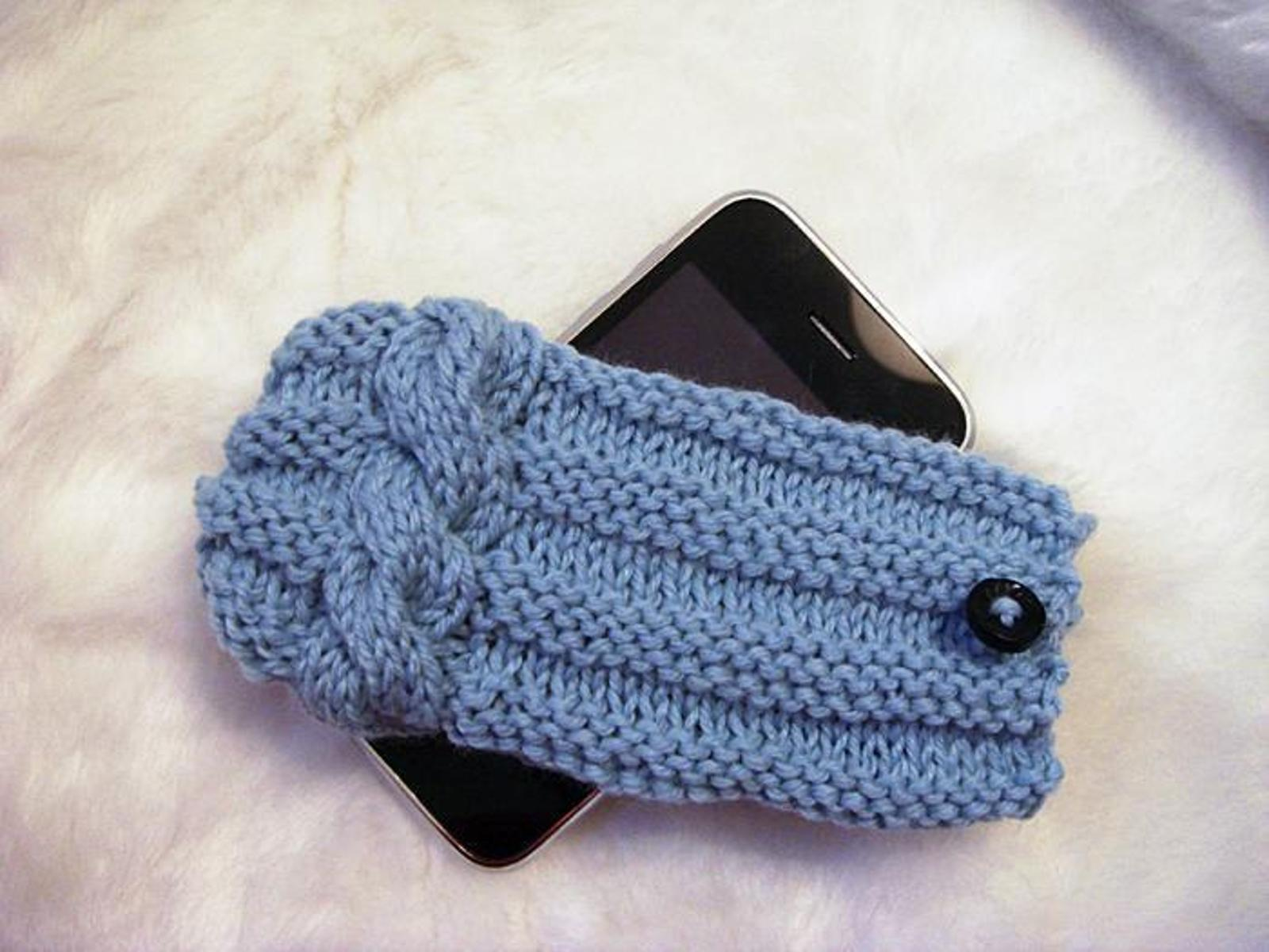 iPhone Braid Cover Knitting Pattern