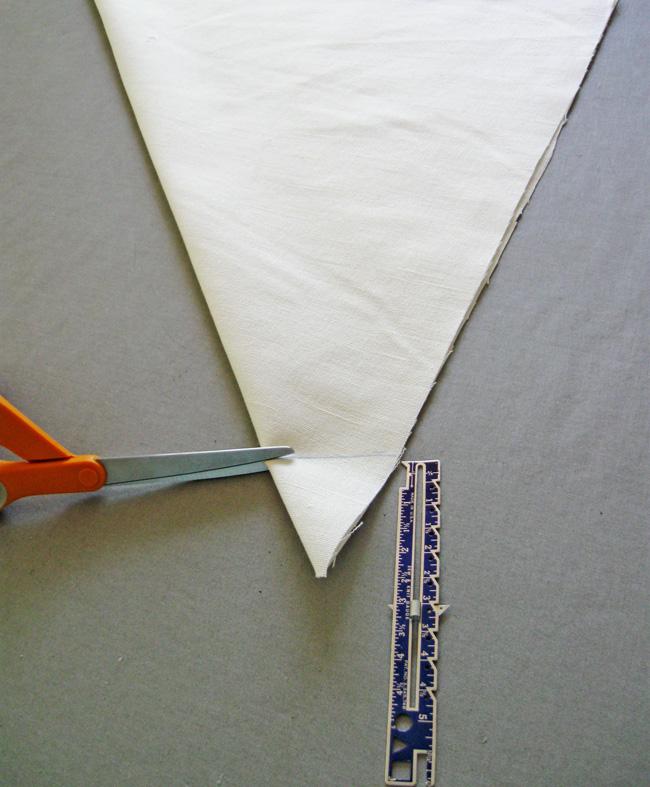 trim off bottom of triangle
