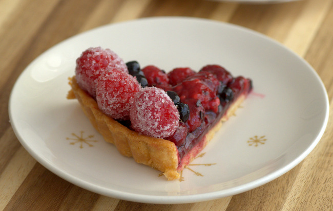 5 Fancy (and Easy) Ways to Finish a Tart: Sugared Berries