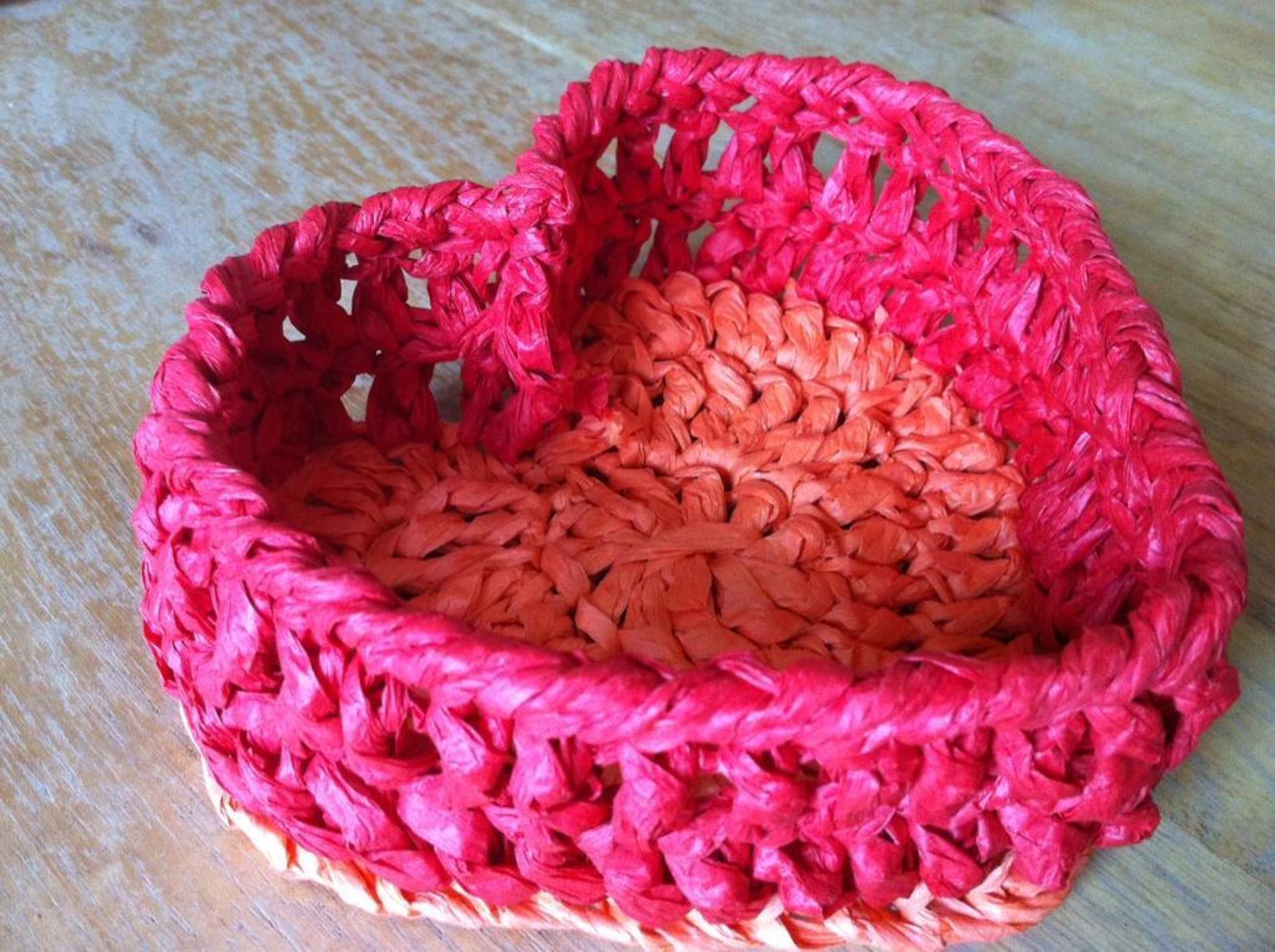 heart basket crochet pattern