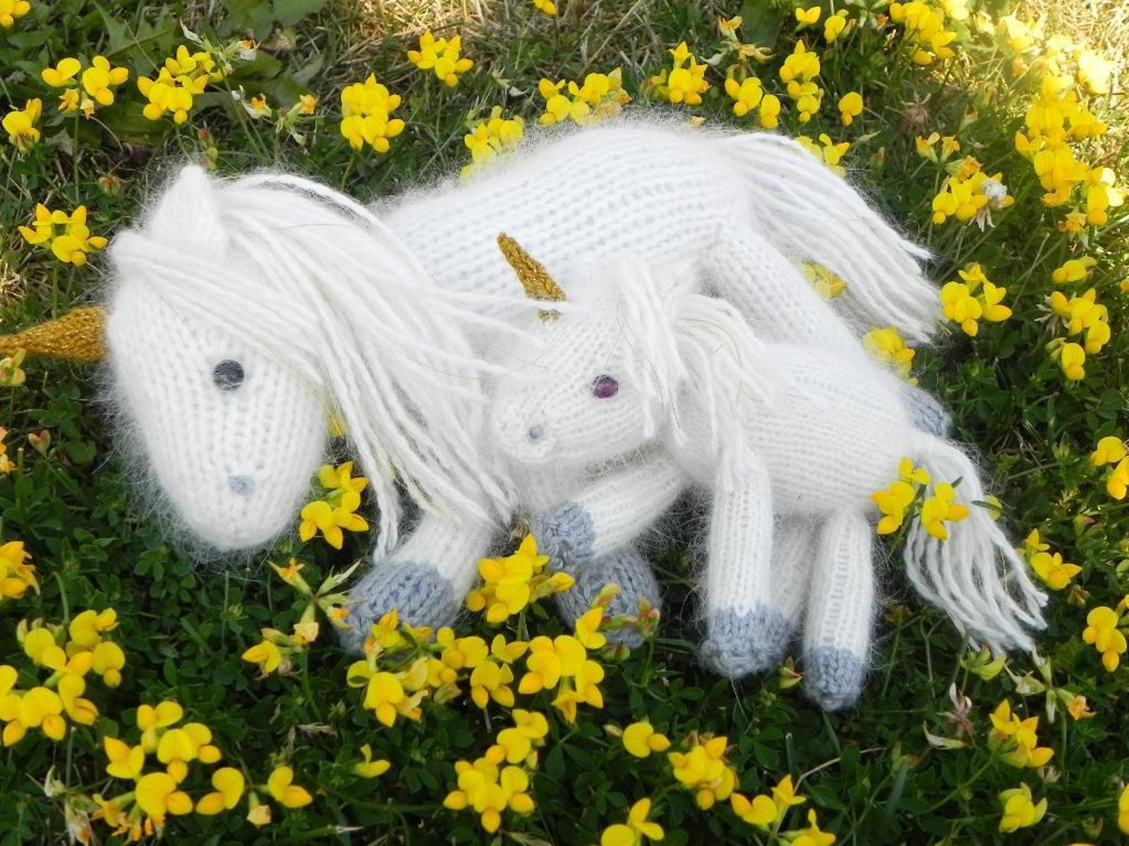 Snow White Unicorn and Baby Knitting pattern
