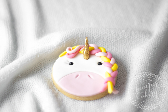 Bright and fun unicorn cookie tutorial