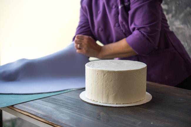 Crumb Coated Cake Ready for FOndant