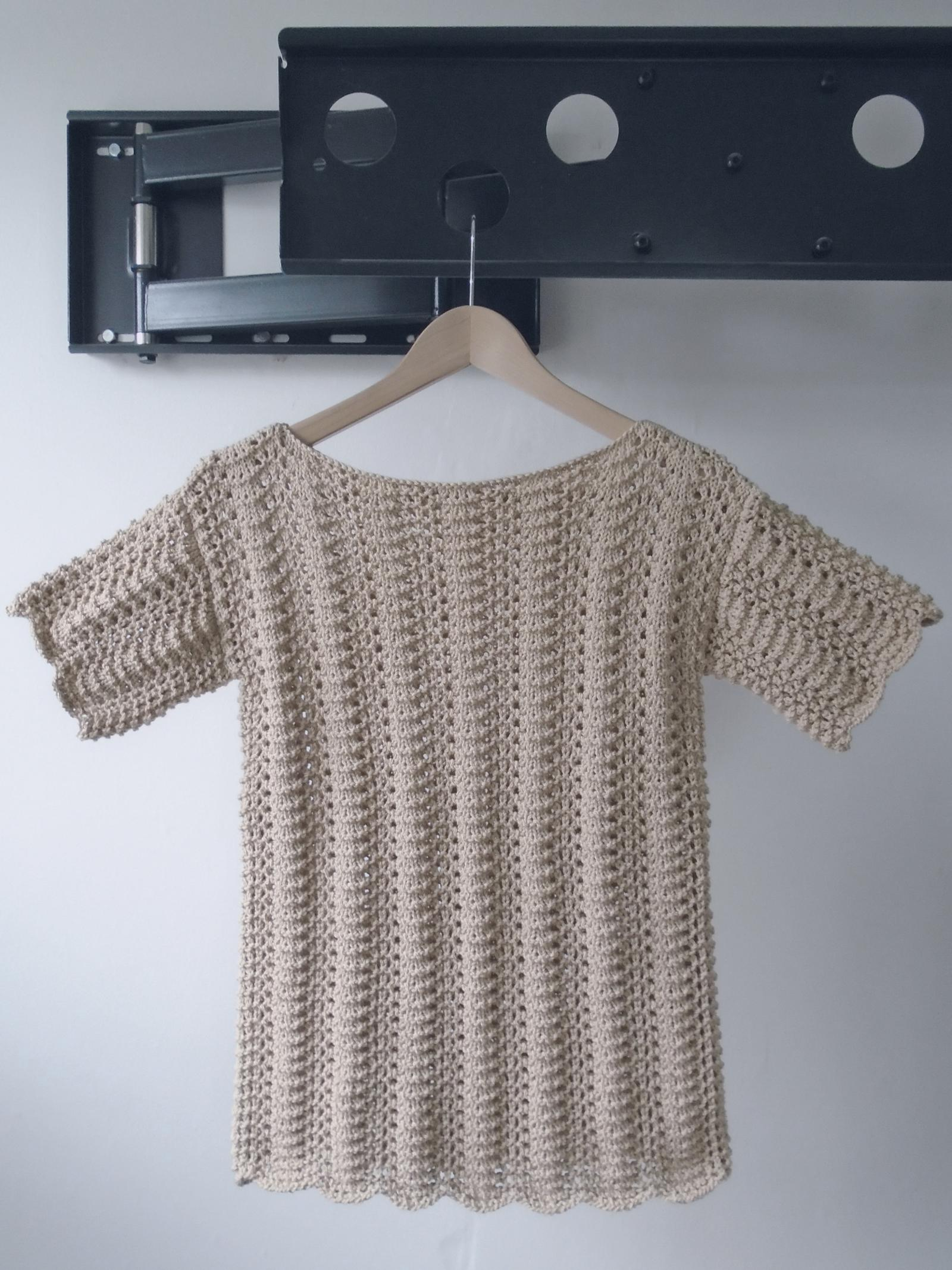 Linen and Lace Tee Knitting Pattern