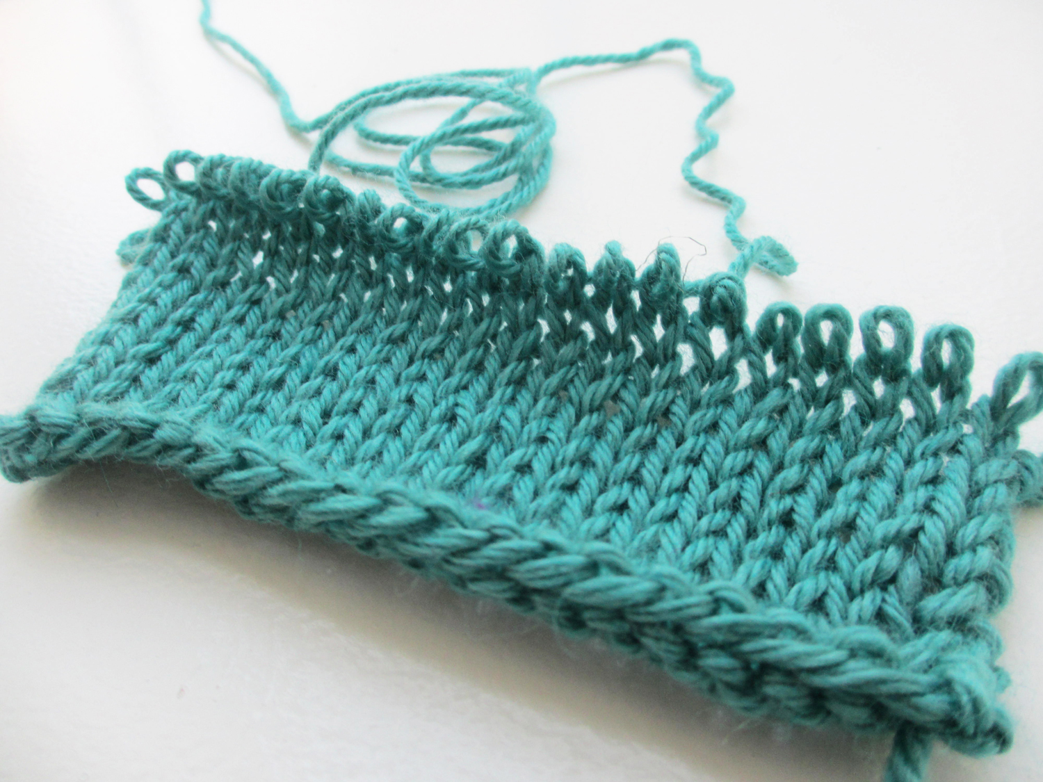 Frogging vs tinking knitting