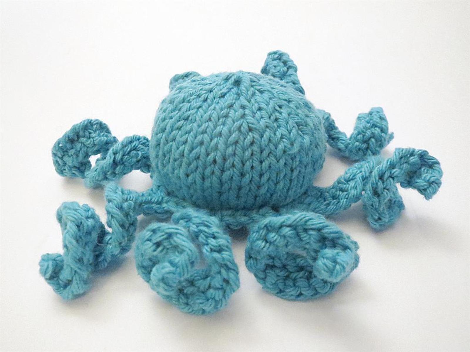 Jett the Octopus Knitting Pattern