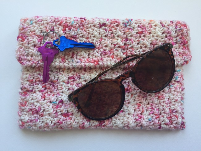 seed stitch crochet clutch purse