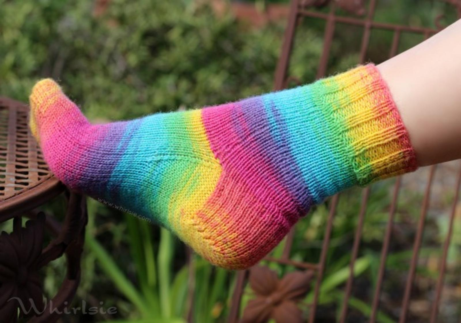 Whirlsie's Vanilla Socks Knitting Pattern