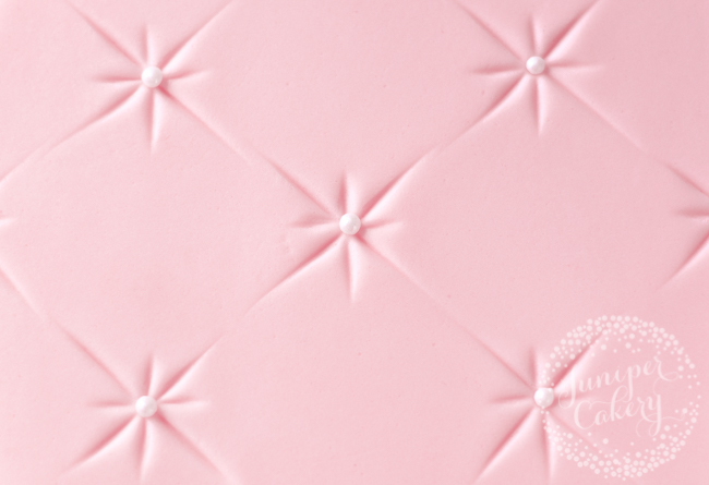 How to quilt fondant for cakes