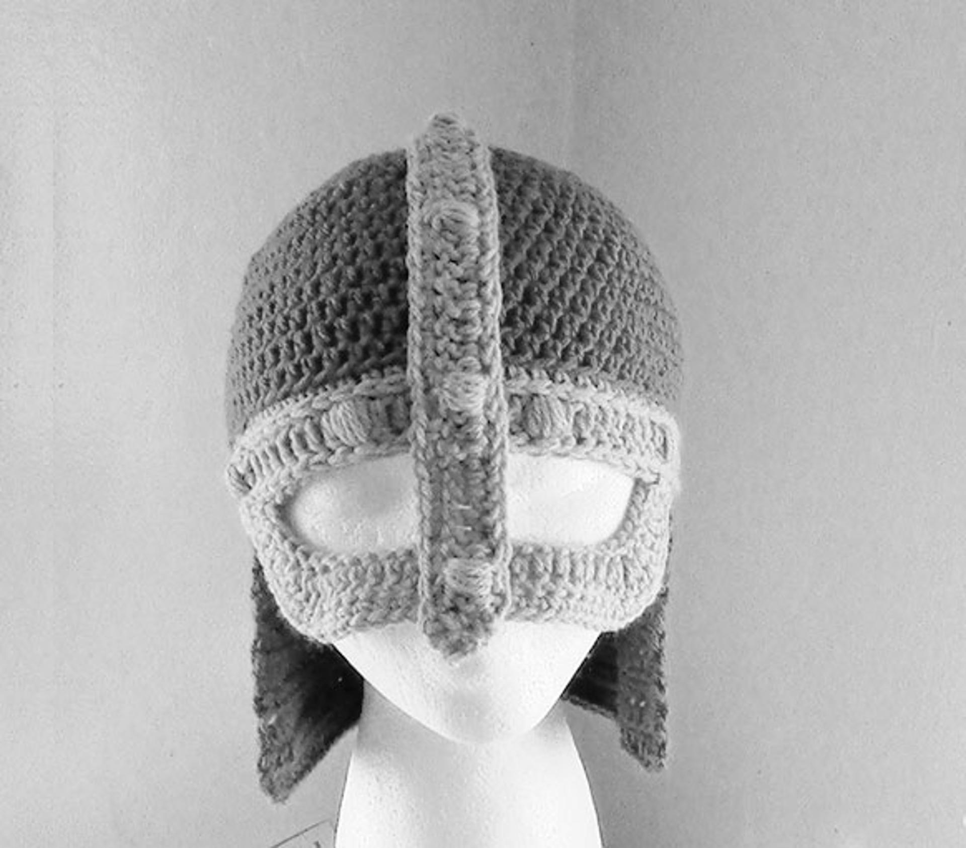 knight helmet crochet pattern