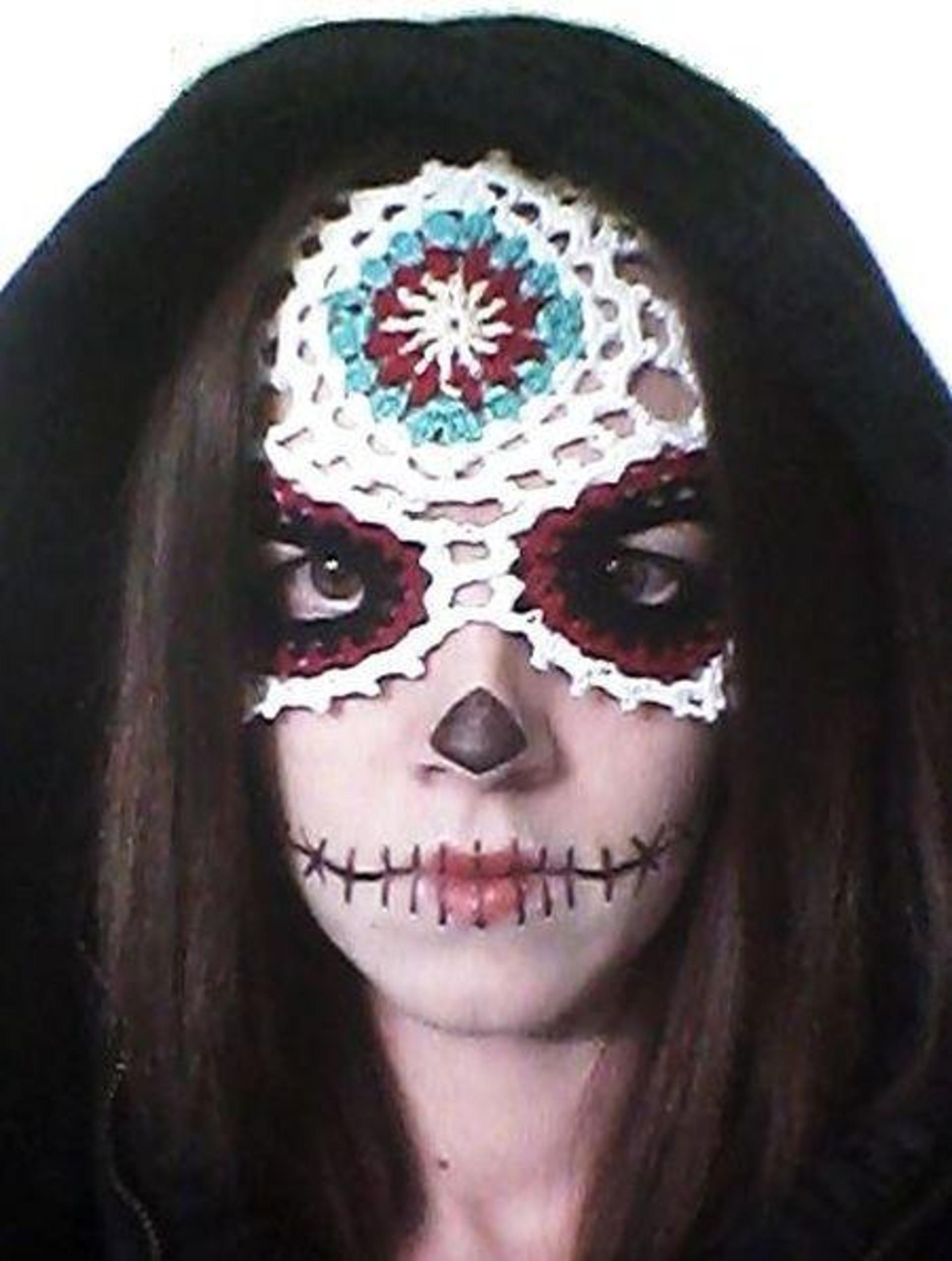 sugar skull mask crochet pattern