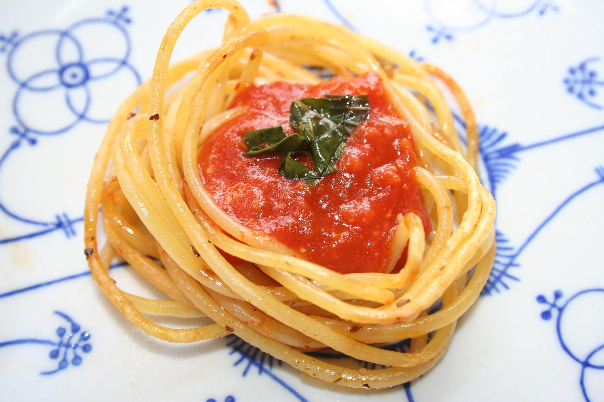 Bird nest pasta