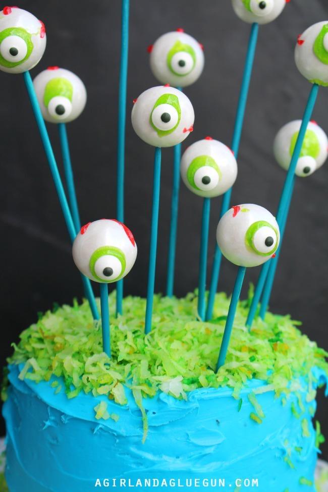 Cake by A Girl and a Glue Gun