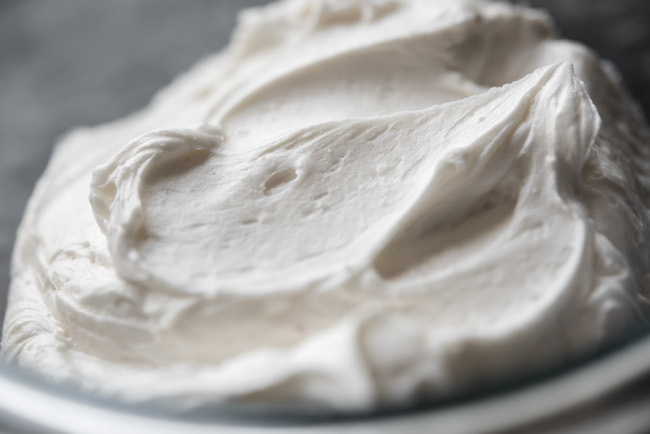 Buttercream for Piping Flowers