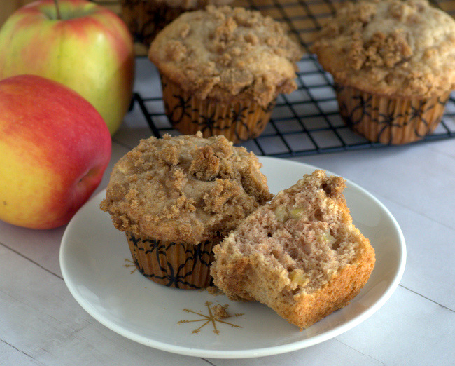 Apple Spice Muffins with Cinnamon Streusel