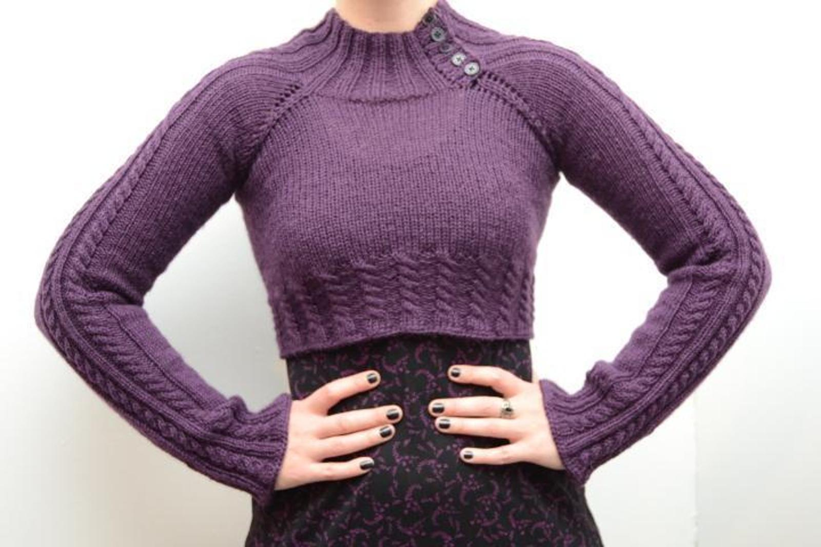 Heather's Cabled Raglan Top Knitting Pattern