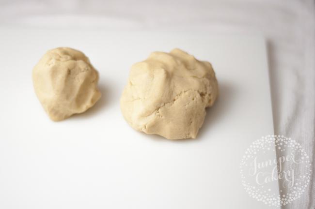 Marbled cookies tutorial by Juniper Cakery