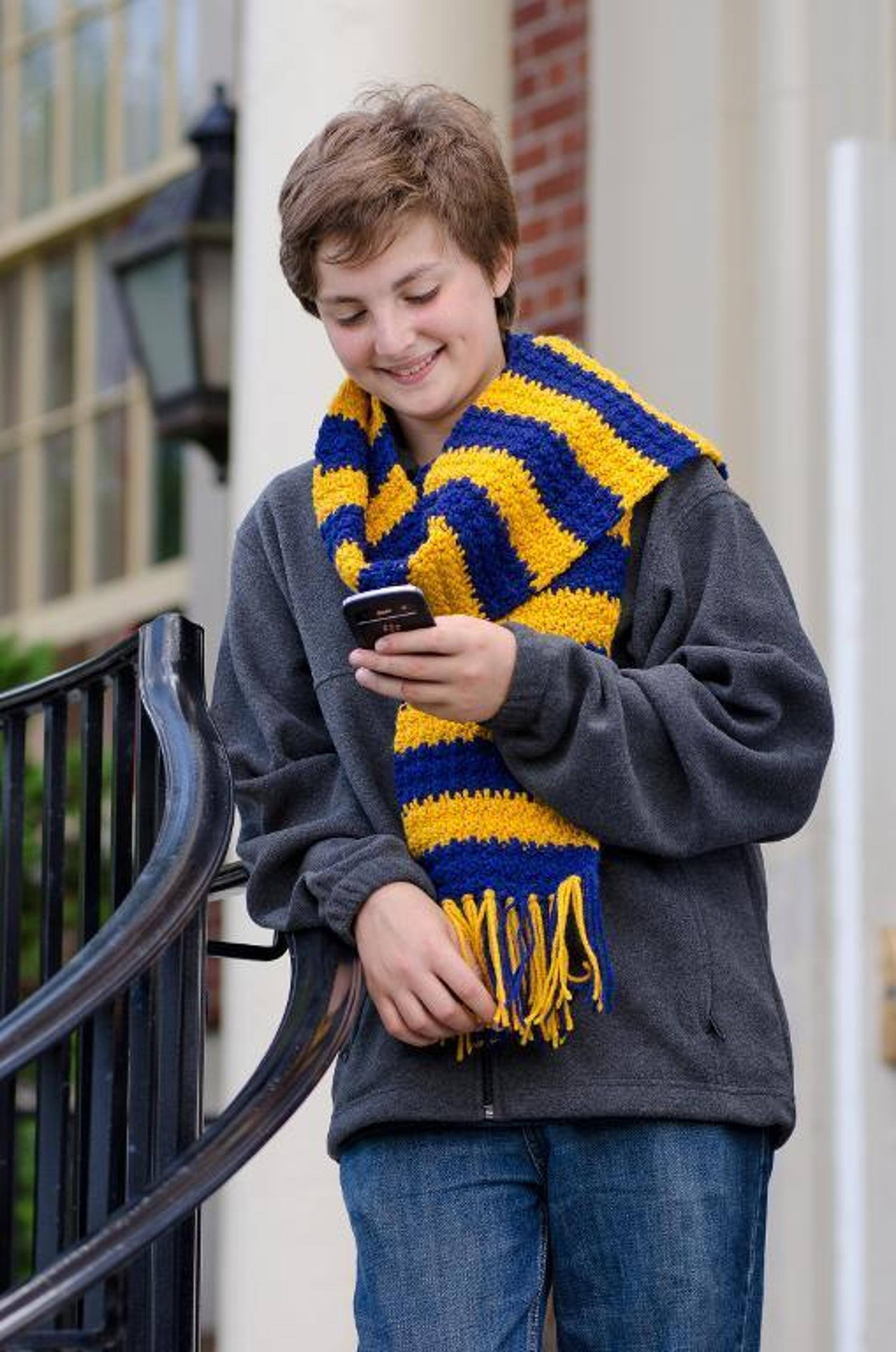 school spirit scarf free crochet pattern