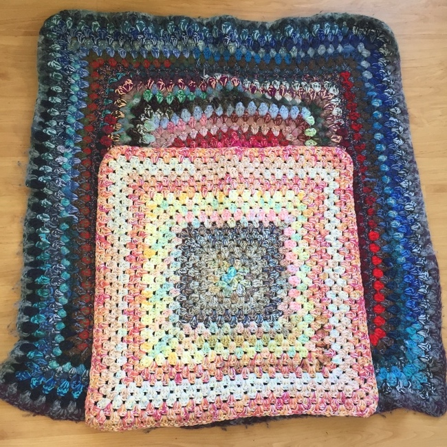 small and large crochet granny square copy