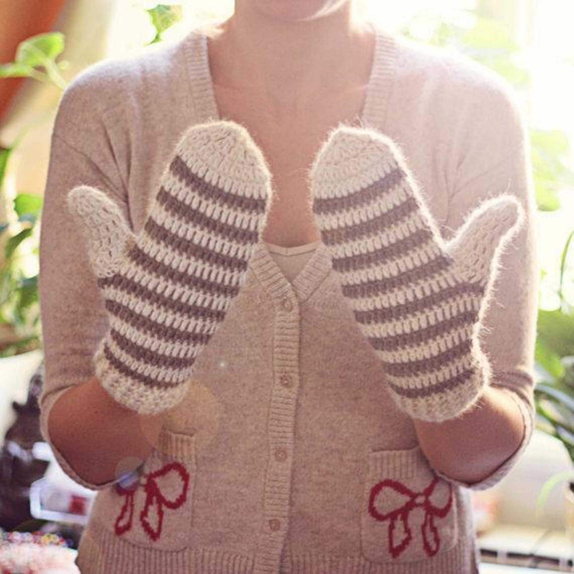 striped mittens crochet pattern