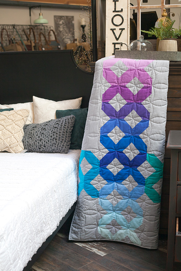 Color Crossing Quilt
