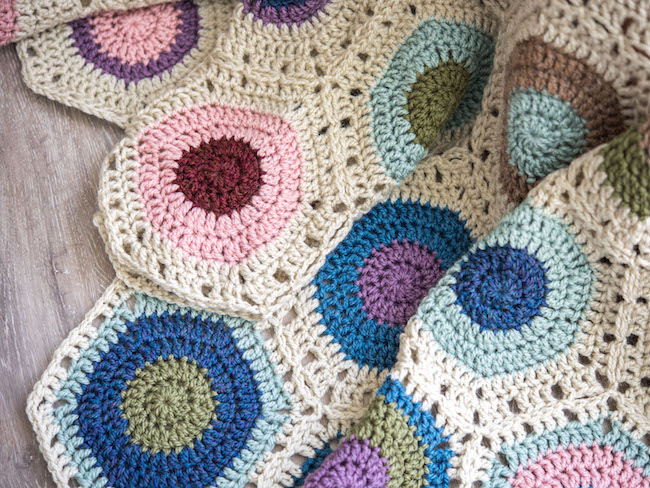 Hexagon Fade Throw Crochet Kit