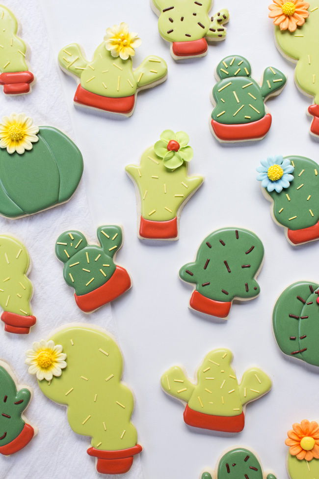 How to Make Simple Cactus Cookies