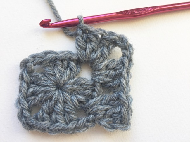 granny square crochet step 10