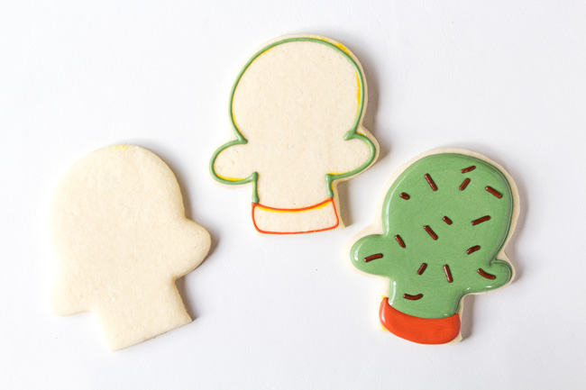Simple Cactus Cookies