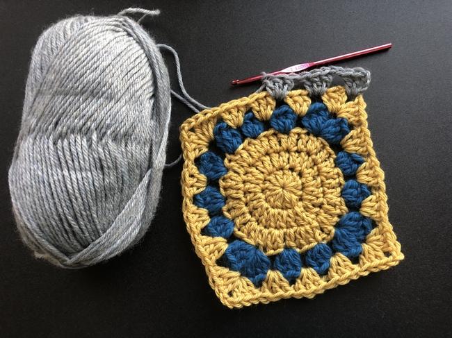add border to crochet granny square